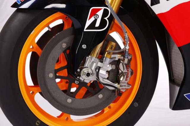 2012 Honda RC213V front end