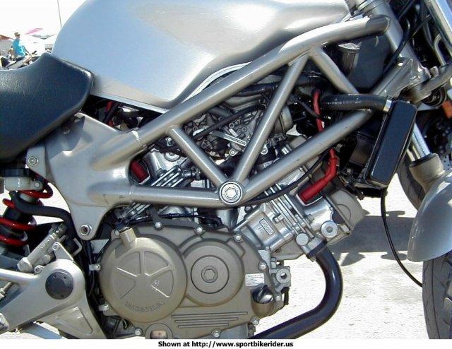 2001_honda_vtr250_engine