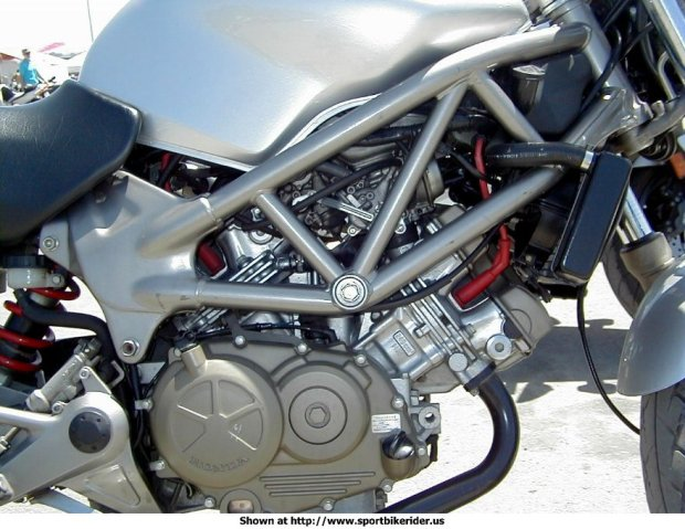 2001_honda_vtr250_engine