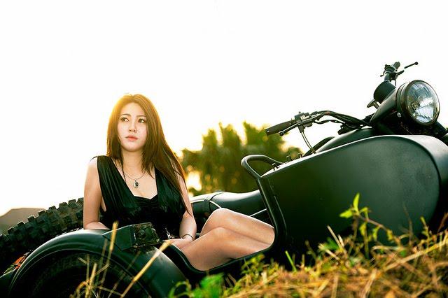 girl and motor