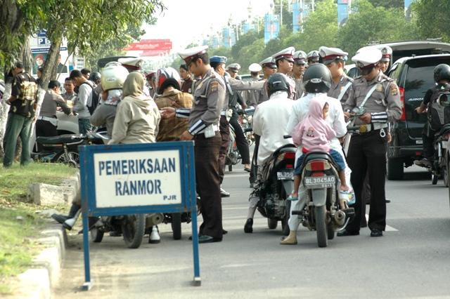 razia-ranmor (curahanhatifarmasi.blogspot.com)