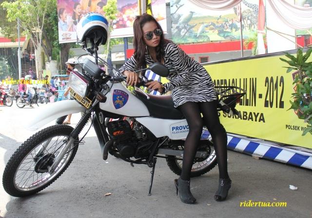 RT girl sby