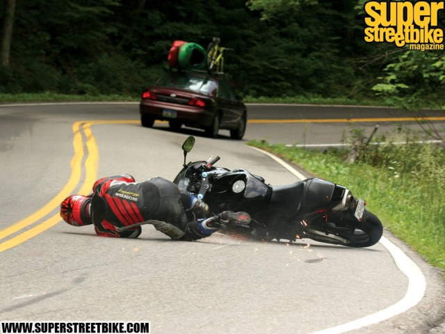 motorcycle rider crash (www.gulfgt.com)