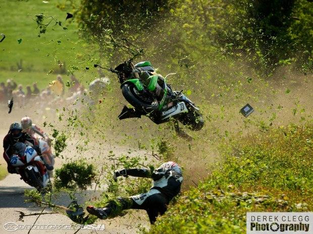 isle of man tt crash