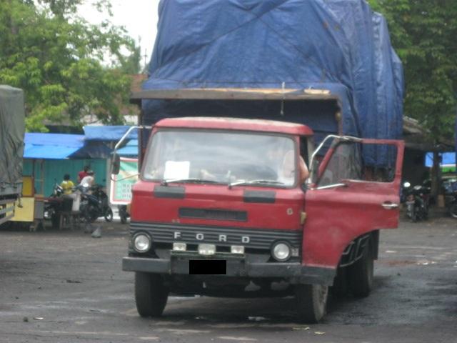 truk tua