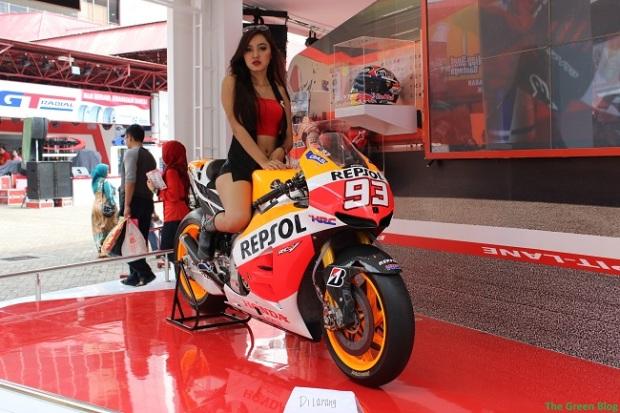 rc213v girl