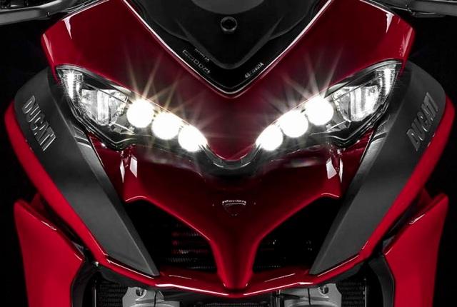 2015-Ducati-Multistrada-1200 headlight