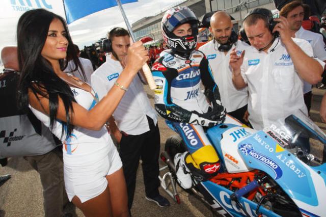 Ada yang salah dengan gambar ini...maverick-vinales-team-calvo-moto3