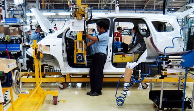 Chevrolet Spin at the General Motors plant in Bekasi, Indonesia