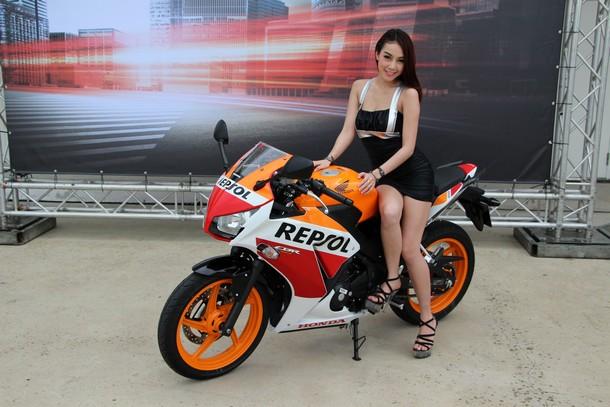 Honda-CBR300R