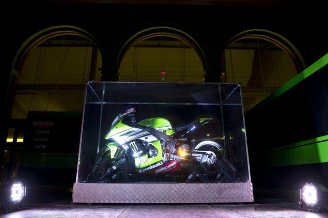 Kawasaki Racing Team Superbike motor