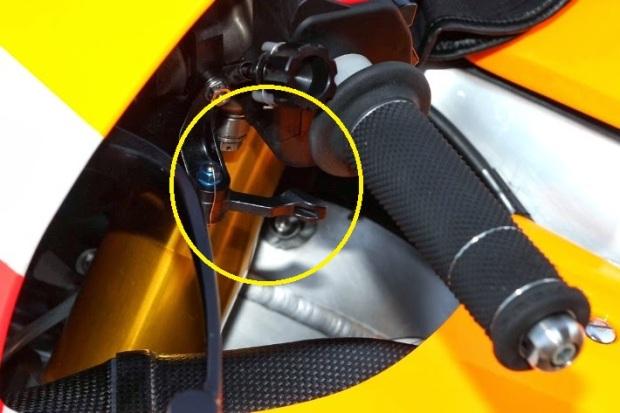 Extra lever for SSG RC213V