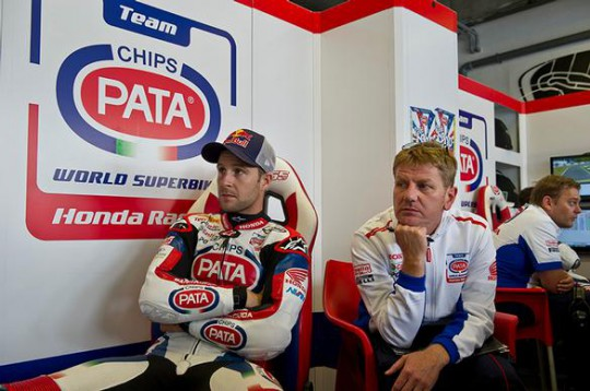 crew chief Chris Pike jonathan Rea