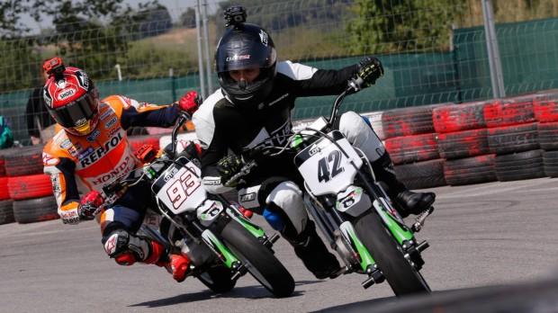 Marquez latihan mini motorcross