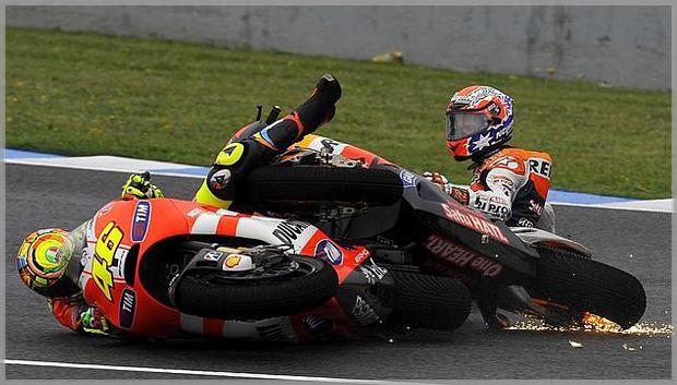 MotoGPJerez_Rossi vs Stoner