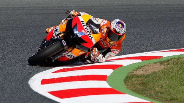 knee-down-elbow-down_Casey stoner