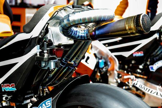 honda-rc213v-exhaust