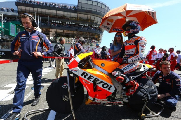 Marc-Marquez-Repsol-Honda-2015