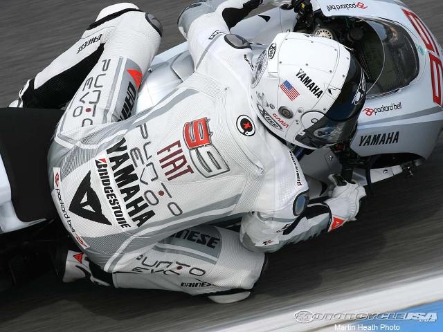 MotoGP-Estoril-Lorenzo-Asimo