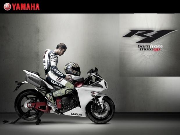 Valentino-Yamaha-R1-valentino-rossi