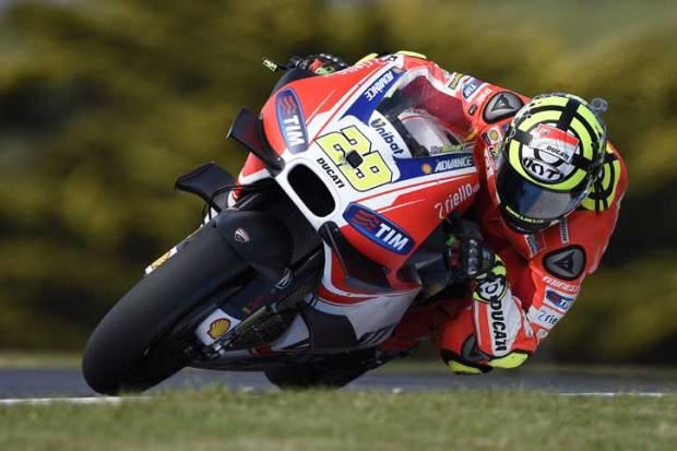 Iannone-Double-Winglet-MotoGP-Australia