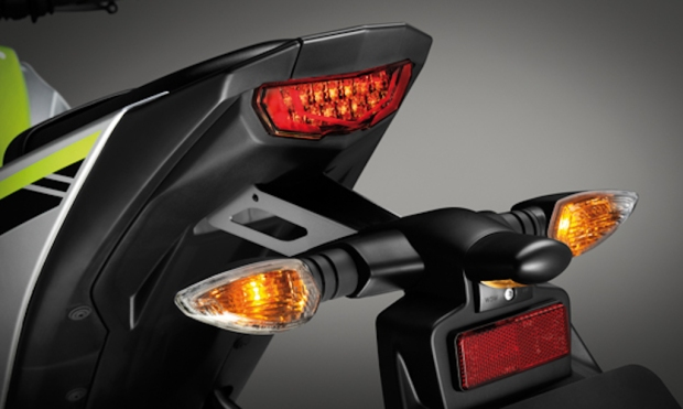 Yamaha-M-Slaz- Tail-Light MT-15