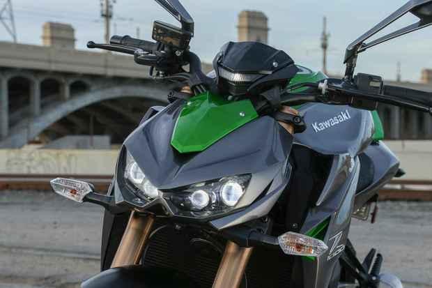 Kawasaki Z1000 Headlights