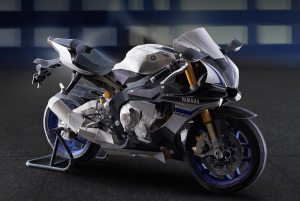 Yamaha-YZF-R1M-papercraft-model