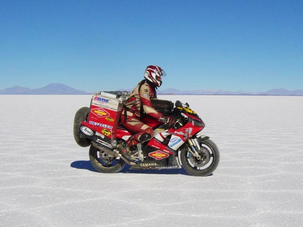 Sjaak-Lucassen-Around-the-World-at-his-Yamaha-R1-massive-baggage