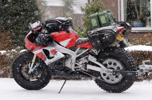 Sjaak Lucassen R1 Snow