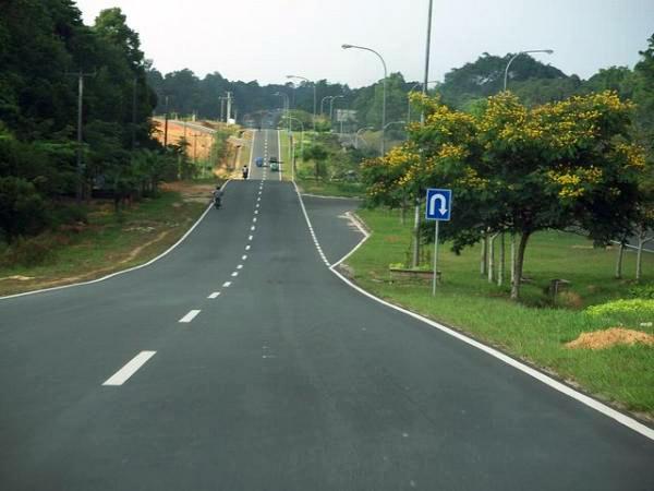 jalan raya mulus