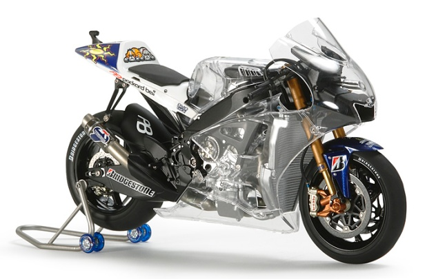 Yamaha YZR M1 engine